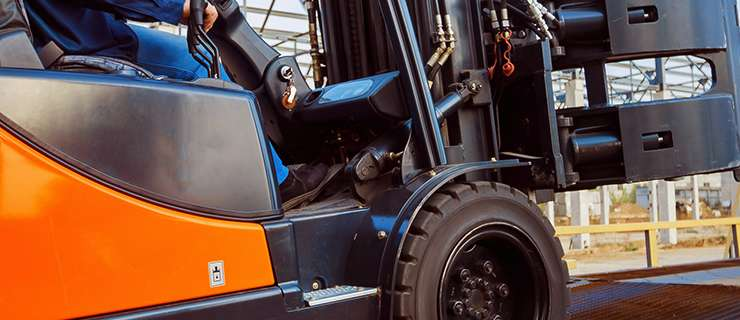 Forklift Operator Safety Training for Construction