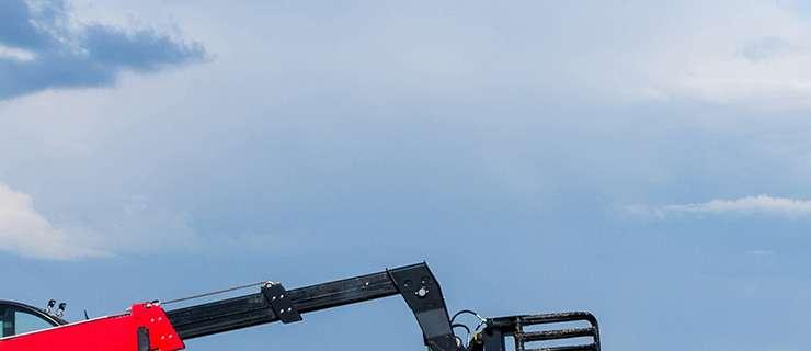 Telehandler (Variable Reach Forklift)