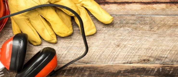 Personal Protective & Lifesaving Equipment for Construction